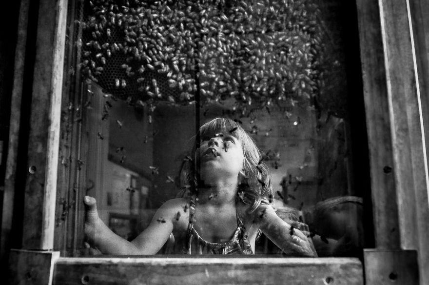 Лучшие работы конкурса чёрно-белой детской фотографии B&W Child Photography 2016