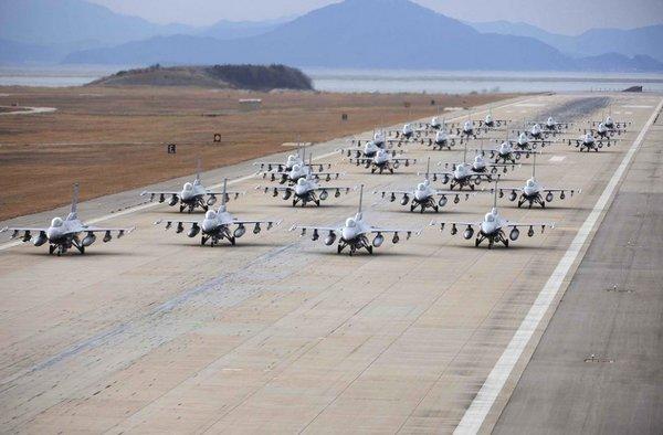В США обманывают о степени боеготовности авиации
