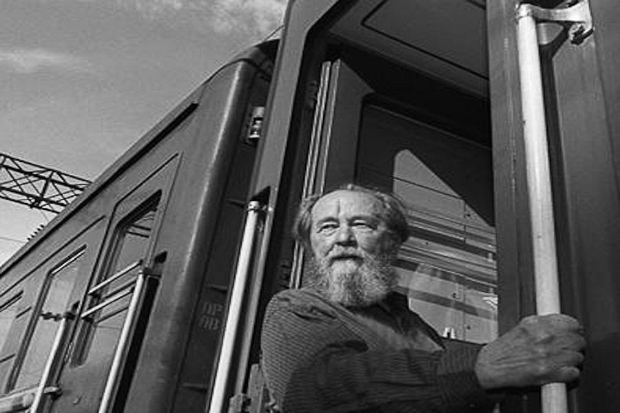 Можно ли после этого верить Солженицыну хоть на йоту?