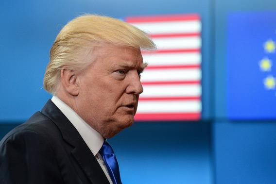 Трамп: обвиняя Россию, демок…