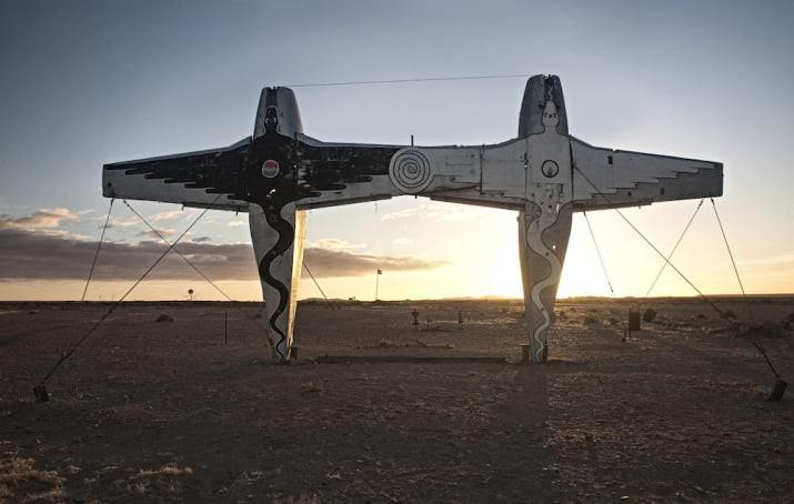 """Крупнейшее в мире произведение искусства - """"Planehenge"""", Южная Австралия австралия, доказательство, животные, мир, природа, туризм, фотография"""