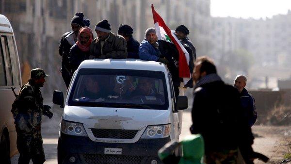 В Алеппо празднуют победу