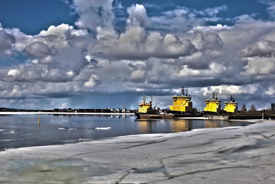 В России идет разработка первой в мире плавучей атомной электростанции