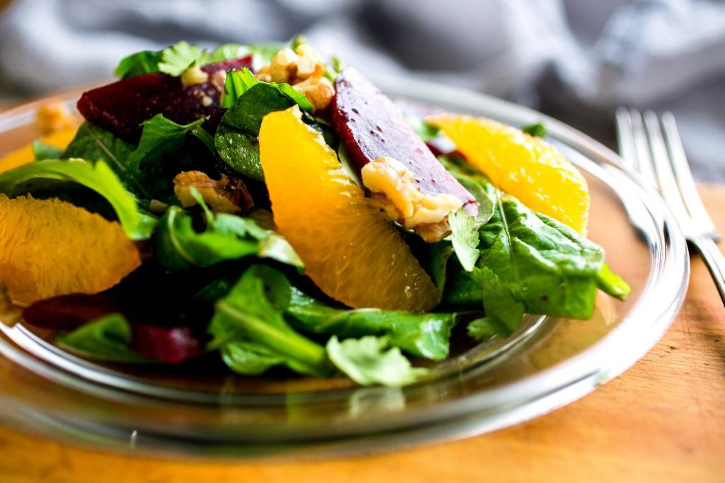 Салат с рукколой и свеклой: вкусное сочетание