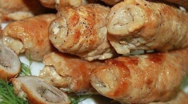 Сочные и аппетитные свиные рулеты с грибами и сыром. Пальчики оближешь!