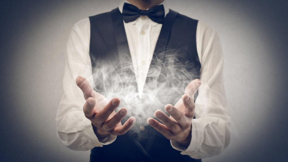 Разоблачение фокуса с левитацией поразило интернет