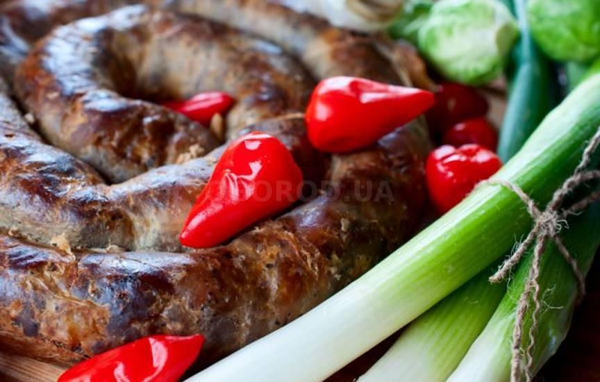 Колбаса из трех видов мяса
