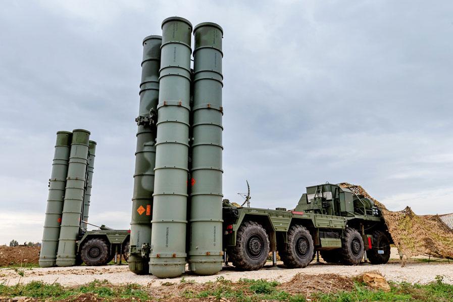 Российские С-300 и «Бастионы» в Тартусе останутся прикрывать авиабазу в Сирии