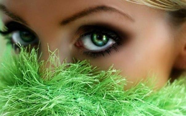Самый редкий цвет человеческих глаз в мире — это зелёный.