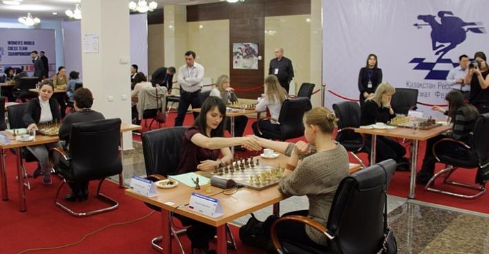 Россия и Украина заключили мир в последнем туре командного ЧМ среди женщин