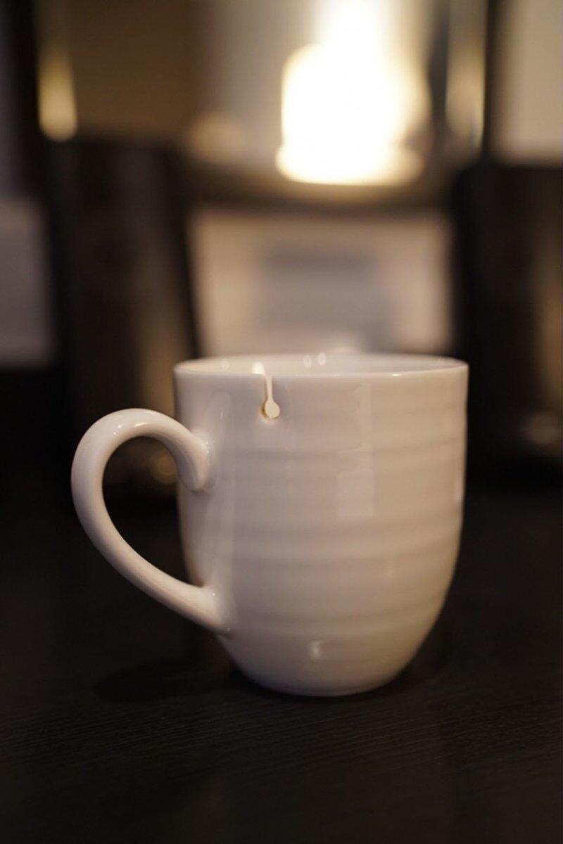 4. Чашка с отверстием для чайного пакетика быт, жизнь, идея, изобретение, мир, подборка, фото