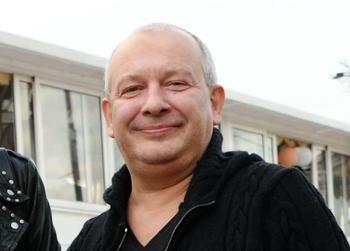 В Доме кино в Москве проходит прощание с актером Дмитрием Марьяновым