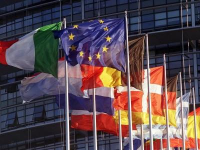 Санкции против России могут обвалить экономики Евросоюза и США