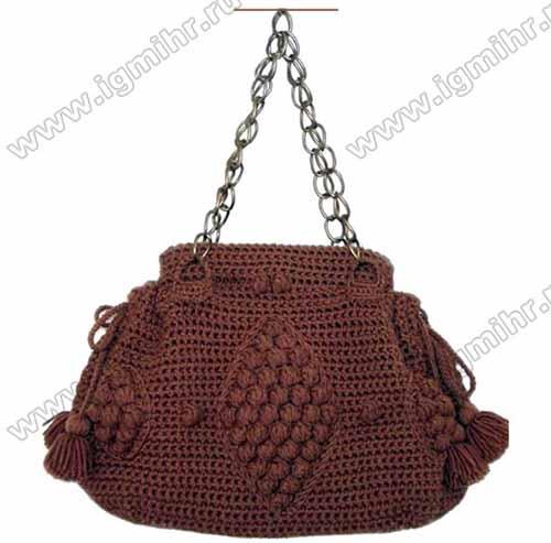 Женская сумка с узором из шишечек