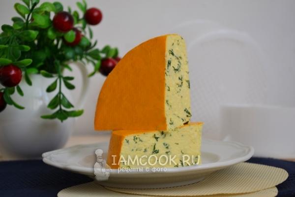 Настолько мягкий, сочный, нежный сыр, что тяжело устоять и оставить кому-то еще...
