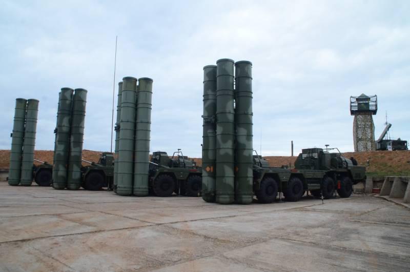 Заграничный спор о российском С-400. NI против FOI