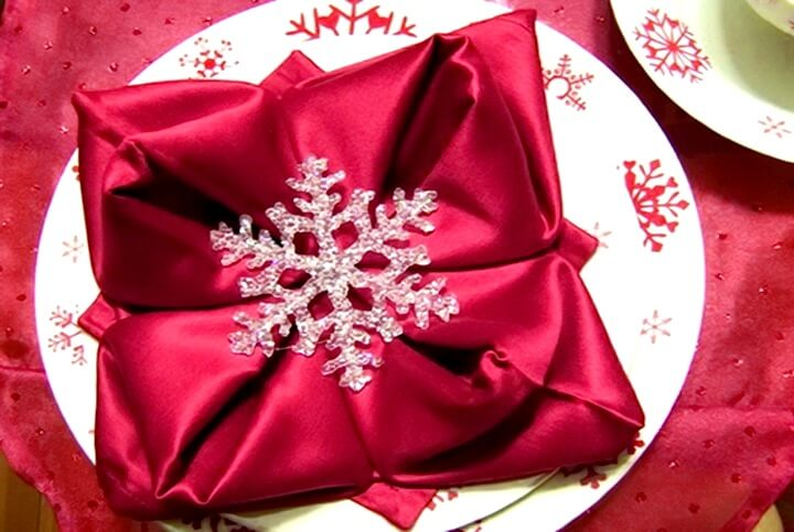 салфетка со снежинкой