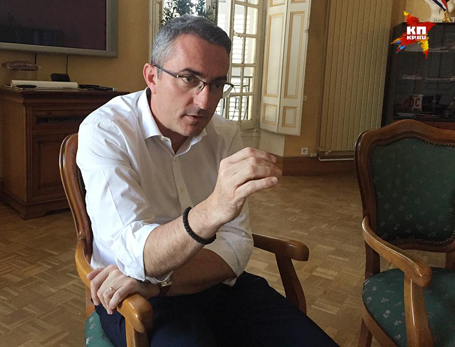 Франции конец, — мэр марсельского района