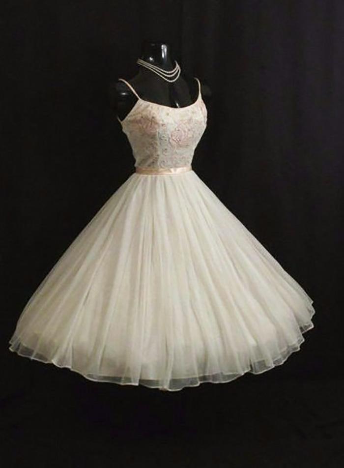 платья в пол в стиле ретро