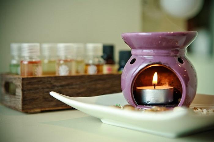 Аромалампа обеспечит приятный аромат в квартире. / Фото: medded.ru