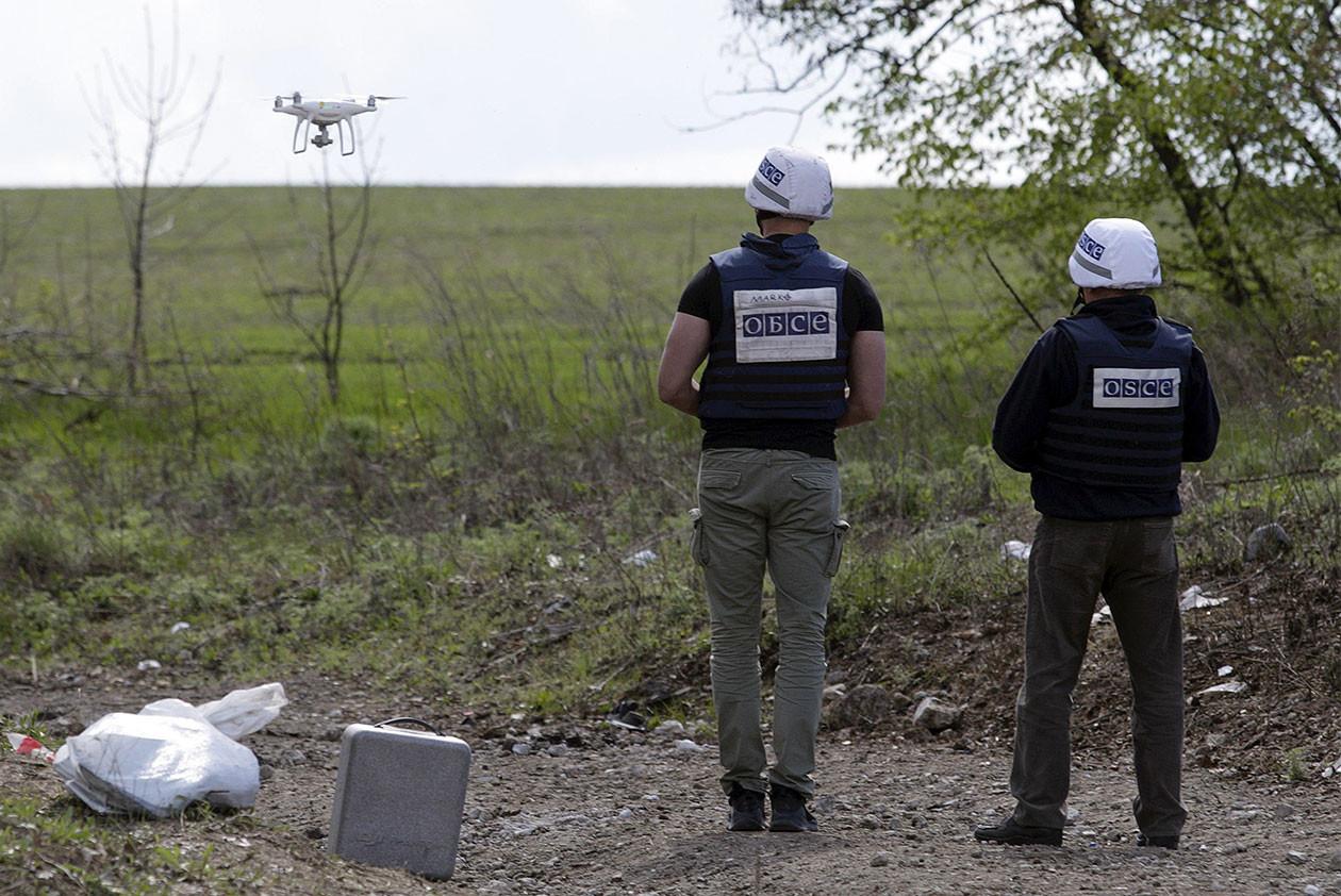 Украинские диверсанты попыталась взорвать автомобиль ОБСЕ в ДНР