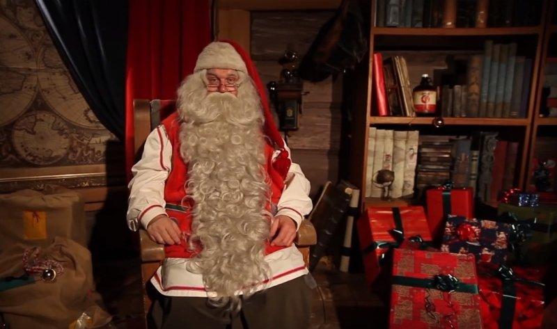 Владимир Жириновский в роли Деда Мороза ответит на новогодние письма россиян