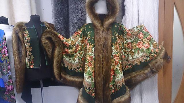 Одежда из павловских платков