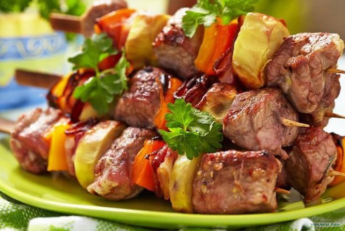 Готовим мясо для шашлыка не стандартным способом
