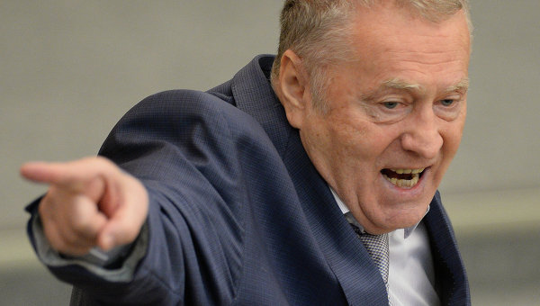 """Жириновский вывел фракцию ЛДПР с заседания Госдумы после перепалки с """"Единой Россией"""""""
