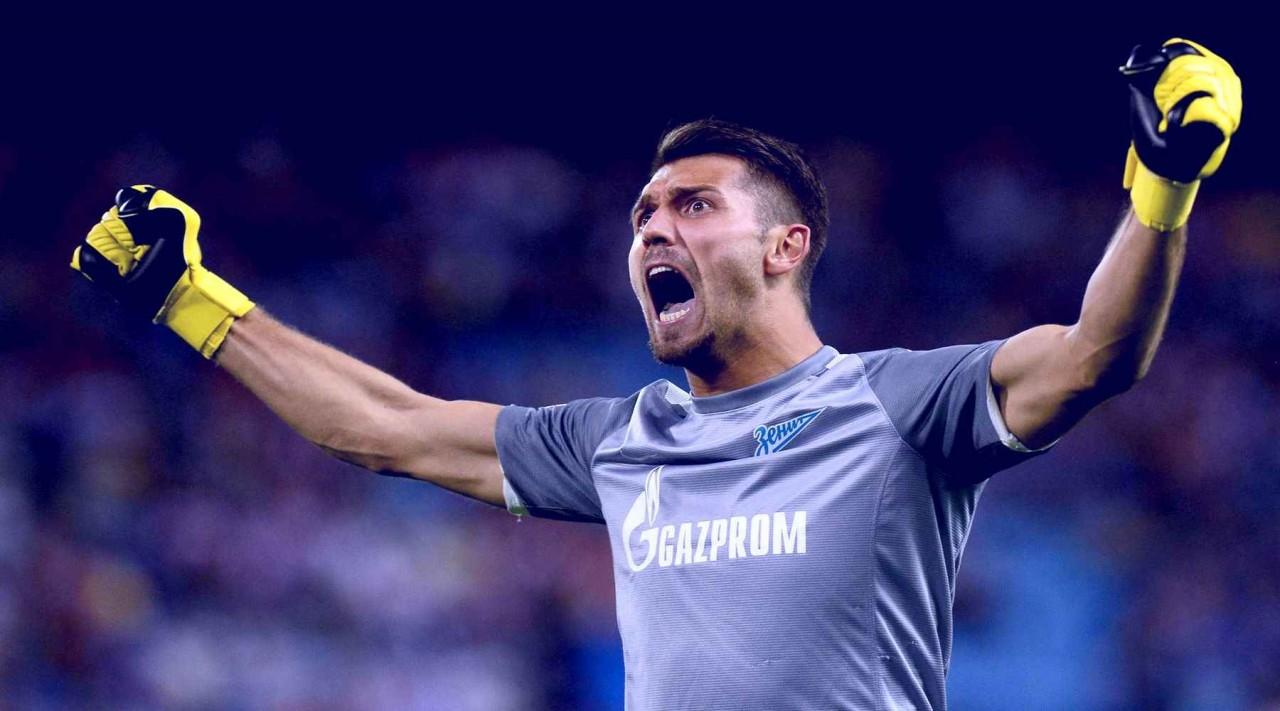 Лодыгин помог «Зениту» одержать трудную победу над «Крыльями», отразив два пенальти