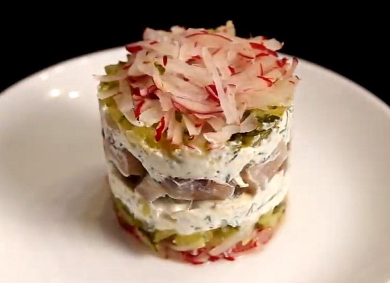 рецепт салата из свежей свеклы с яблоком