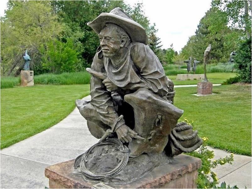 Парк скульптур в Лавлэнде (Benson Park Sculpture Garden)