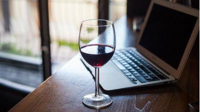 Росалкогольрегулирование требует заблокировать сайты, которые торгуют алкоголем