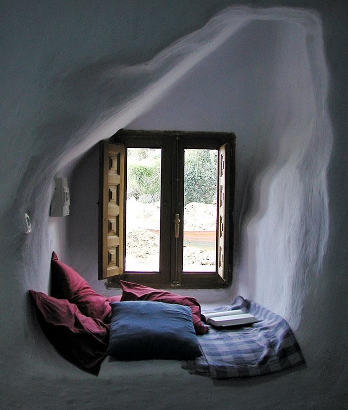25 уютных уголков для чтения, способных привести в восторг любого