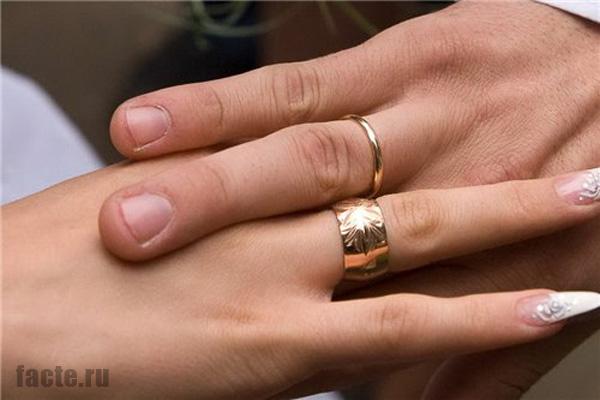 Немного интересных сведений об обручальных кольцах: свадебные традиции