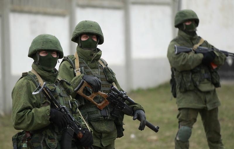 za-vezhlivykh-lyudej-nachinaetsya-vojna