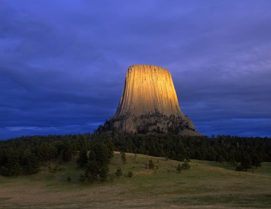 """Национальный памятник """"Башня дьявола"""", Вайоминг геология, история с географией, красота, скалы"""