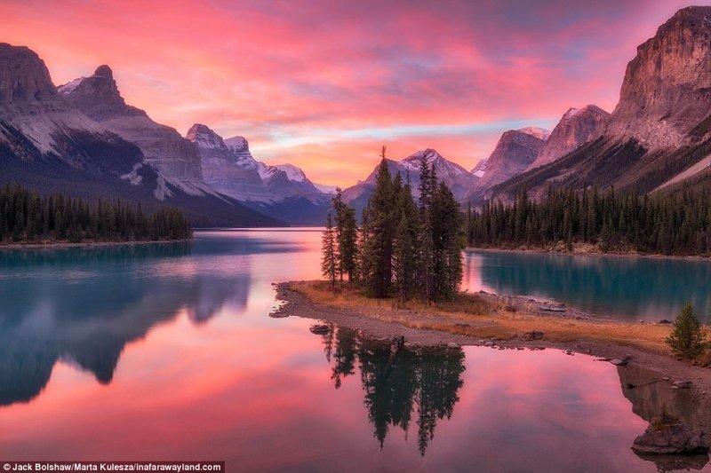 Остров Спирит, озеро Малайн, Канада в мире, красивые фото, красивый вид, пейзажи, природа, путешествия, фото, фотографы