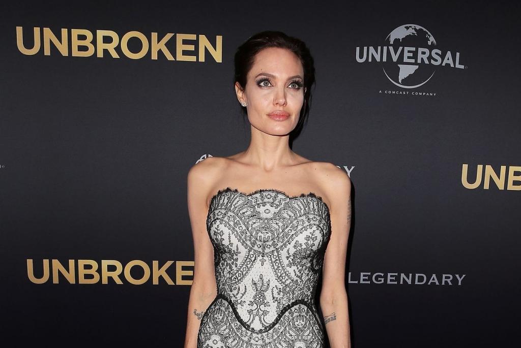 СМИ: Анджелина Джоли похудела до 34 килограммов