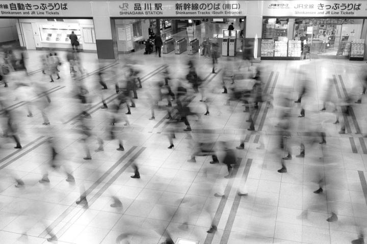 Почетное-упоминание-в-категории-«Места»-Станция-Шинагава-Питер-Франк