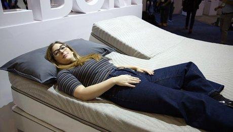 «Умная» кровать автоматически подстроится под положение тела спящего