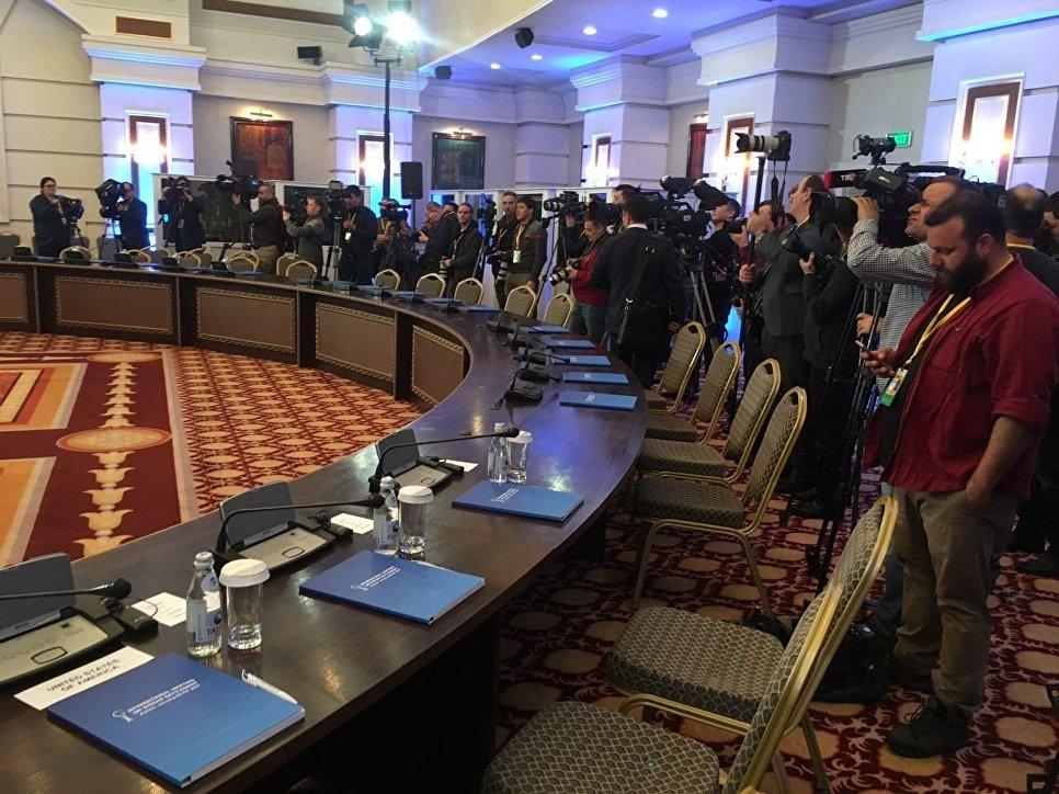 День второй: в Астане возобновились переговоры по Сирии