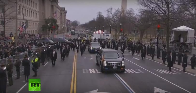 Толпа встречает нового президента: начался парад в честь инаугурации