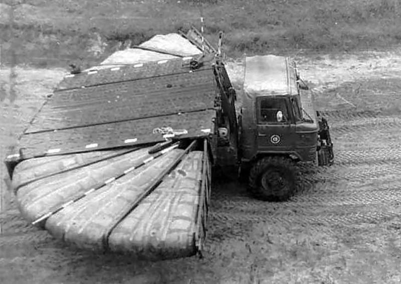 ДПП-40 с модулем понтонного моста. авто, история, факты
