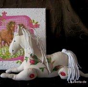 Романтическая лошадка тильда…