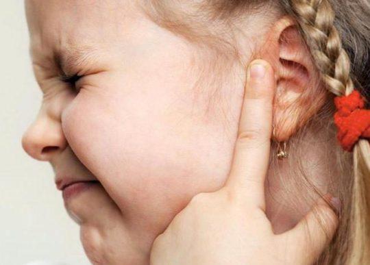Самые частые причины отита у детей