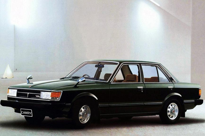 Вспоминаем все поколения популярной Toyota Camry, которая вот уже 36 лет держится на конвейере