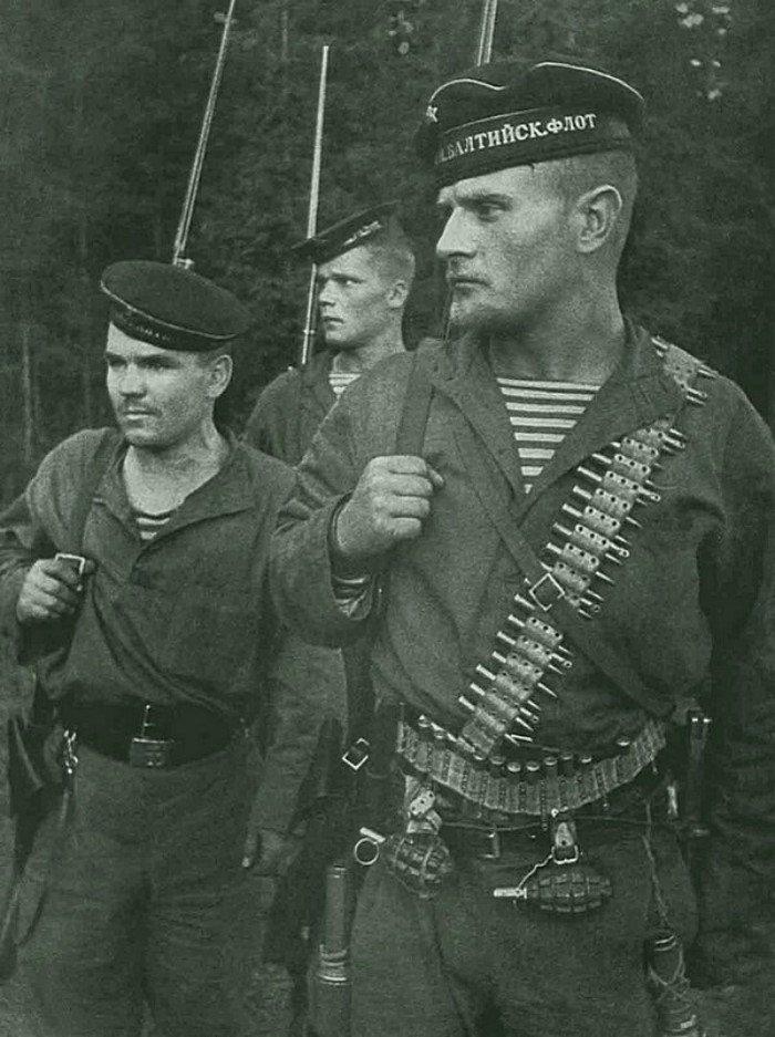 Почему немцы называли советских морпехов
