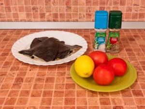 Камбала, запеченная с помидорами. Ингредиенты