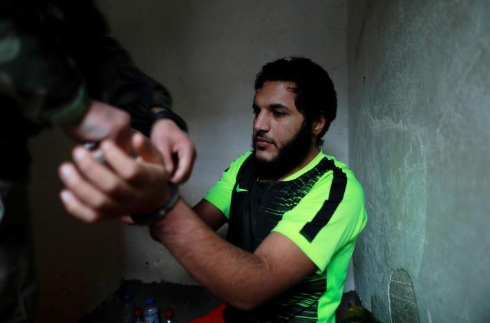 """""""Что такое хорошо и что такое плохо?"""": Боевик ИГИЛ рассказал о том, зачем он убивал и насиловал невинных"""